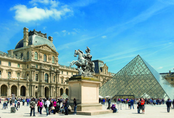 Louvre museum - Priority access